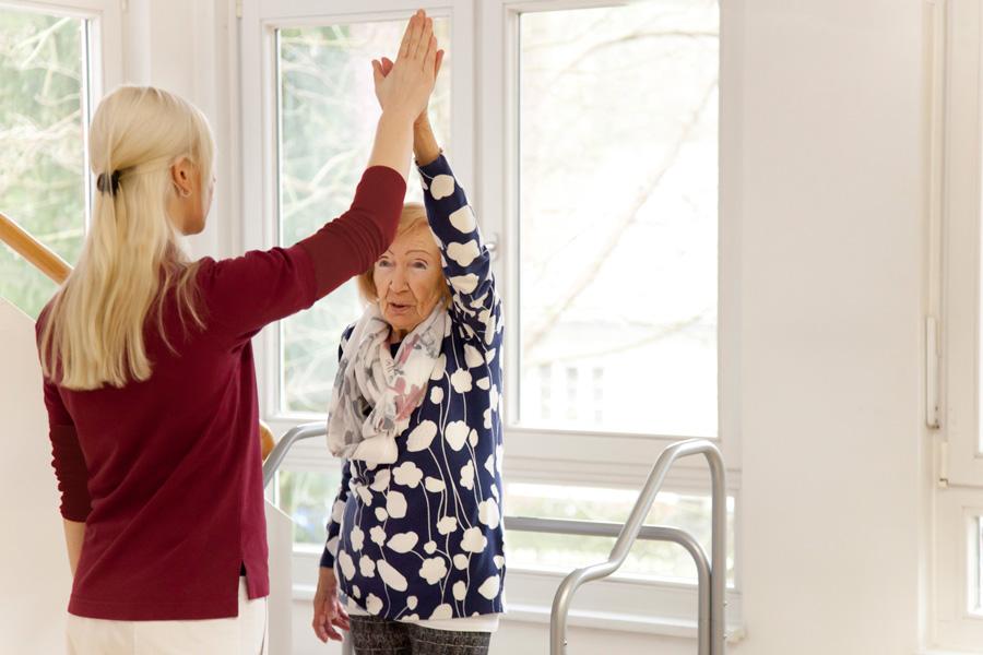 Physiotherapie ist ein wichtiger Bestandteil Ihrer Behandlung in unserer Geriatrie.