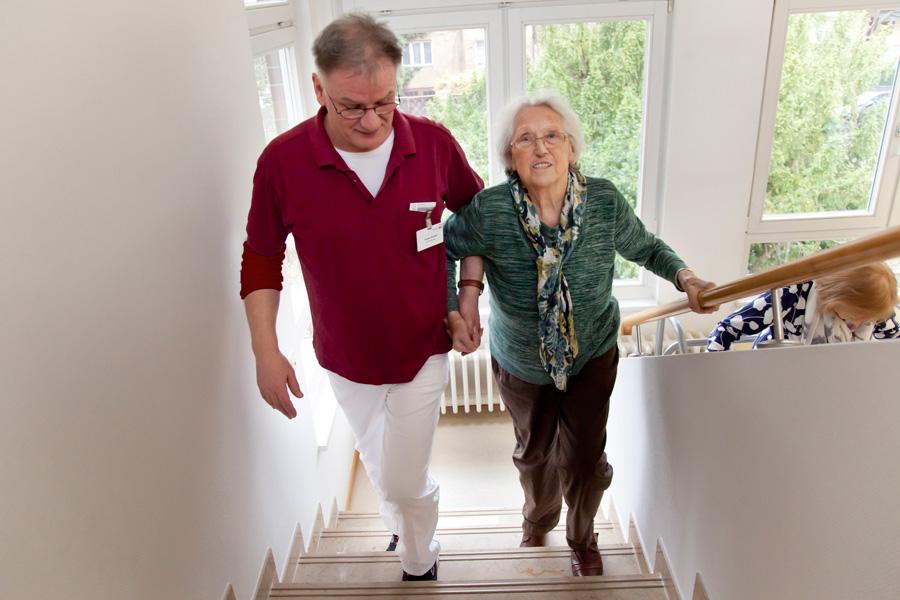 Auch das sichere Treppensteigen gehört mit zu unserem Programm.
