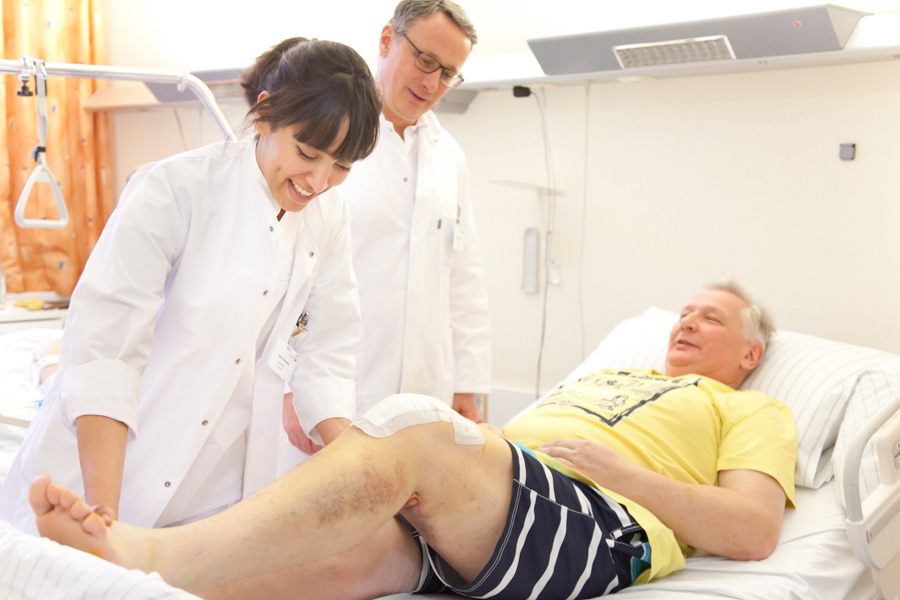 Visiten finden regelmäßig statt, so dass Sie Ihre Fragen direkt an den Arzt stellen können.